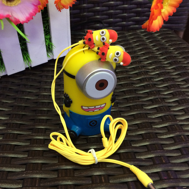 2014 Despicable Me Cartoon Anime the Minion Style 3.5mm in ear Headphone Earphone headsets for Phone MP3 player PC Computer(China (Mainland))
