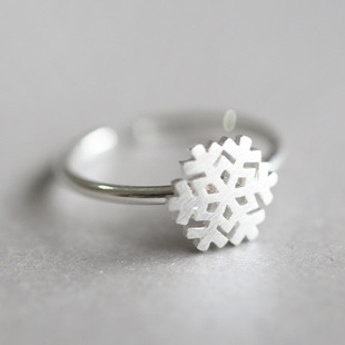 925 Sterling Silver Snowflake Rings for Women New Design Lovely Girls Christmas Gift Statement Jewelry Adjustable Size Ring(China (Mainland))