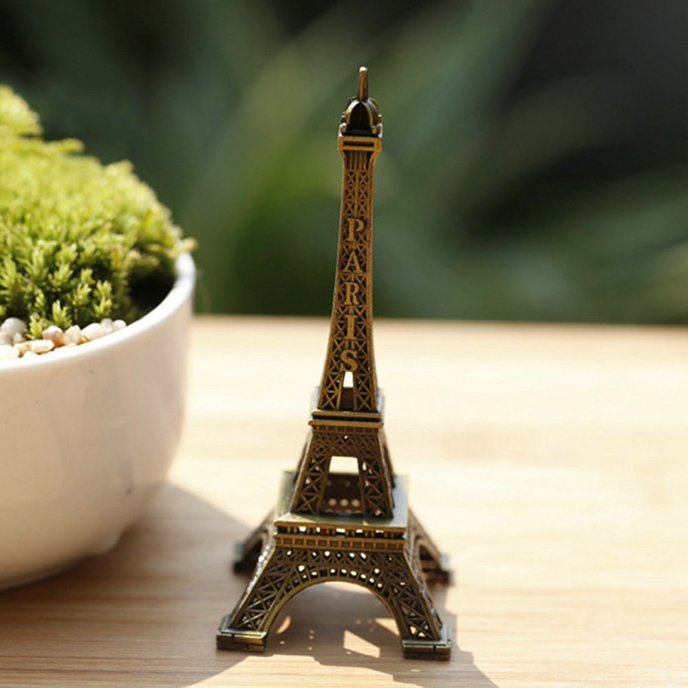 Retro Miniatura Eiffel Tower Decoration Vintage Home Decoration Accessories Paris Metal Craft Tower Statue