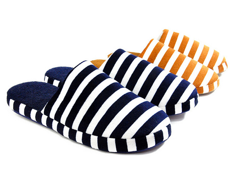 2013 Unisex Fashion New Popular Autumn and Winter Warm Men&Women Cotton-padded Lovers at Home Slippers shoes Free shipping(China (Mainland))