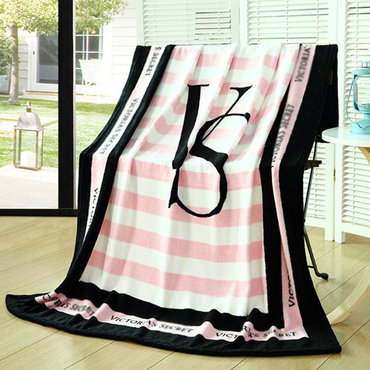 soft flannel fashion 130*150cm Pink VS Secret brand trend blanket throw Air conditioning Travel Plaids Hot Limited Battaniye(China (Mainland))