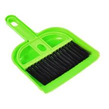 Mini Desktop Sweep Cleaning Brush Small Broom Dustpan Set  IT6531(China (Mainland))