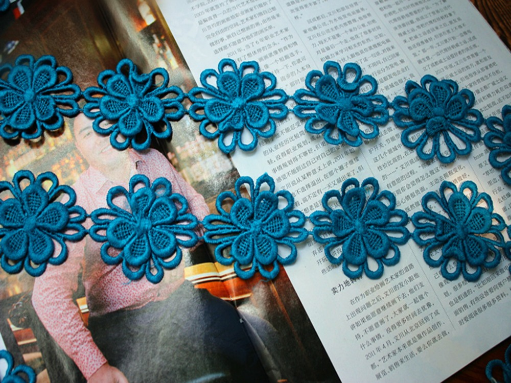 4.5CM Wide-6meters/lot Free Shipping DIY Craft 3D Flower Blue Water Soluble Embroidery Lace Trim(China (Mainland))