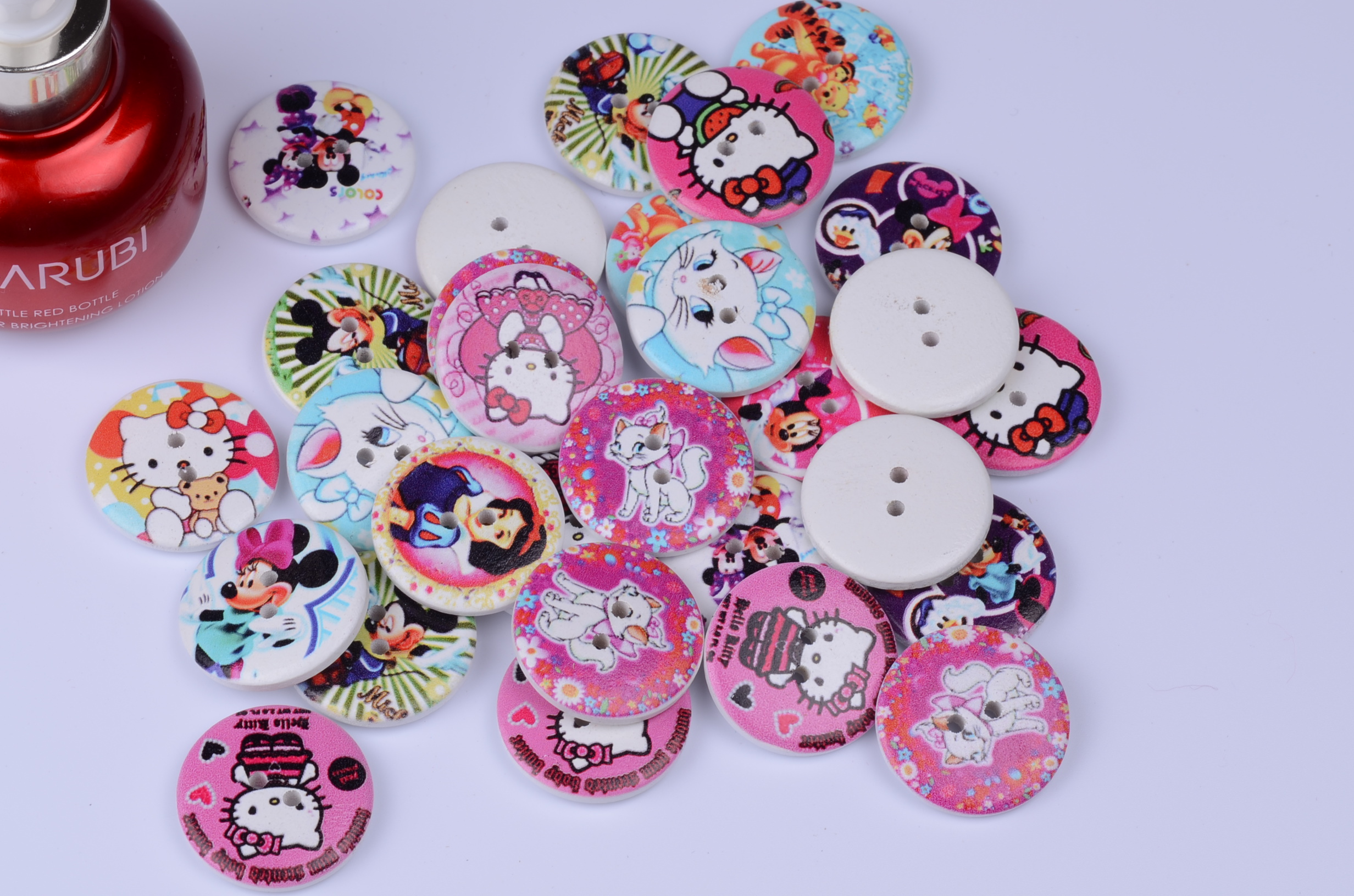 2015NEW 50PCS Painted wooden button 25mm round Children baby buttons combination Kids Clothing accessories sewing supplies(China (Mainland))