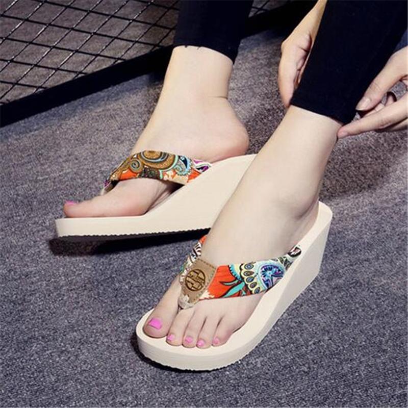 designer flip flops 4qko  2017 Cales D'茅t茅 Femmes Pantoufles Designer Flip Flops Fond 脡pais Plage  Diapositives Sandales Femmes Chaussures Casual Pantoufle