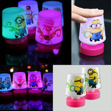 Top Selling New Hot Colorful 7 Color Changing Lights Despicable Me 2 Minions Pat Table Mini Lamp Night Light Toy AL3292(China (Mainland))