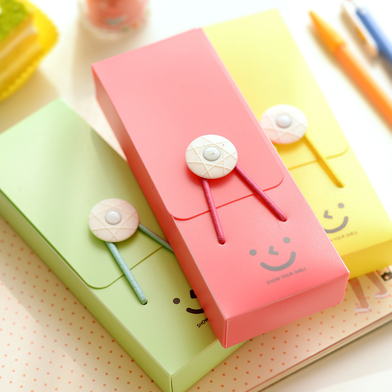 2016 New ! Creative Cute Pencil Bag Kawaii Pencil Case Smile Stationery School Supplies Gift Pencil Box PVC Material Pencilcase(China (Mainland))