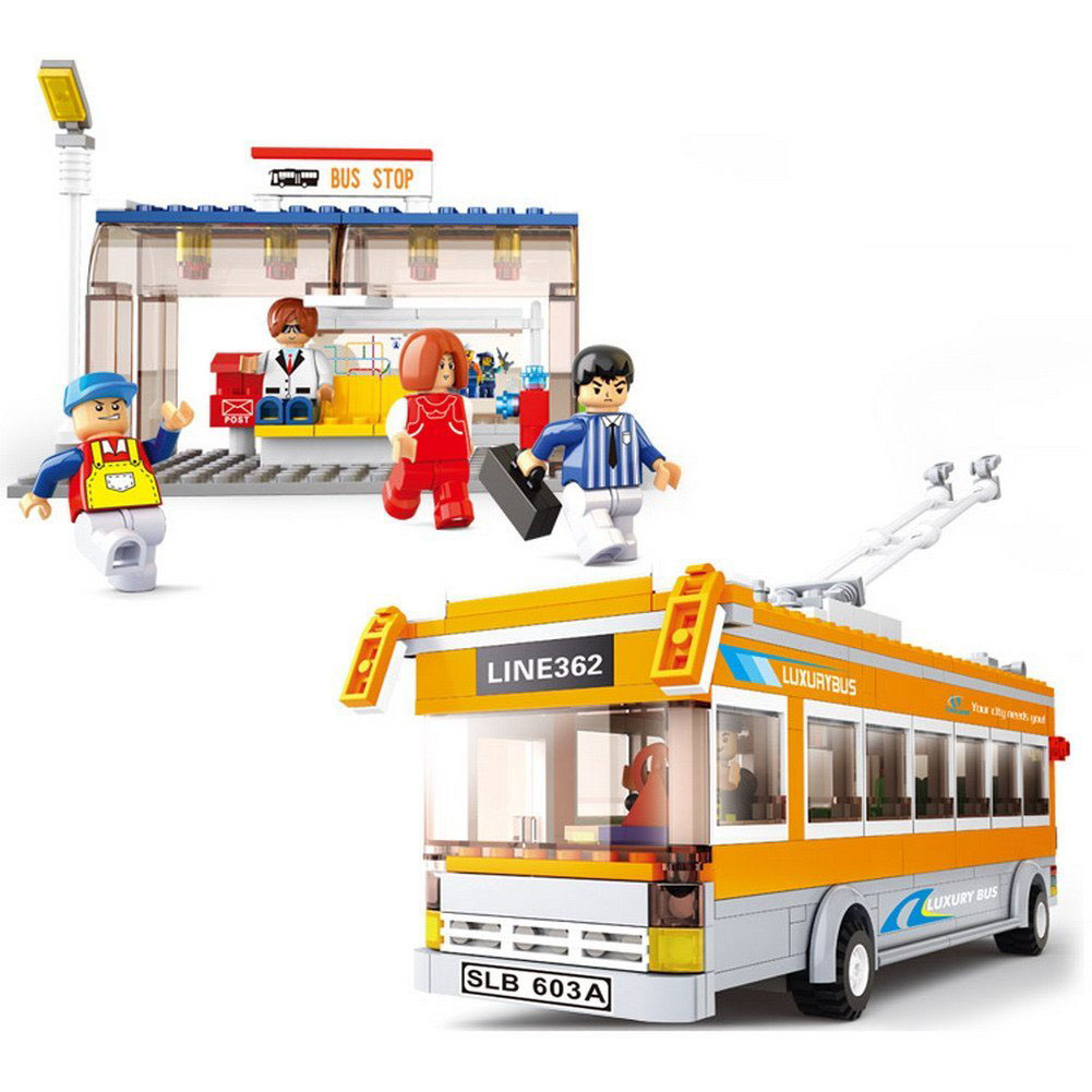 465pcs Building Block City Luxury Tram Bus Bus Stop Model 5dolls DIY Creative Bricks Toys for Children Educational toy Gift(China (Mainland))