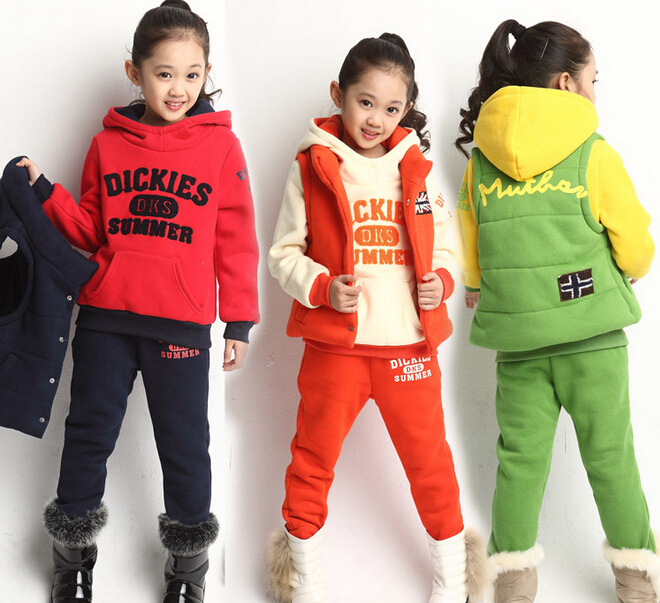 New 2014 Winter Childrens Cartoon Letter Thick Suits Clothing Set Child Girls Vest + Tops + Pants 3 pieces Kids Sport Suits<br><br>Aliexpress