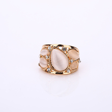 Hotel Fashion Jewelry Gold Plated Miniature Cat Opal Ring Wedding Ring Brand Quality Bridal Jewelry Personalized Gold