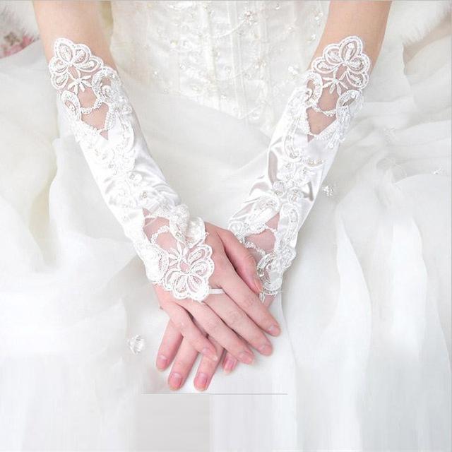 Новый дешево длинняя белого кружева свадебные перчатки 2015 бисером само блестками ...