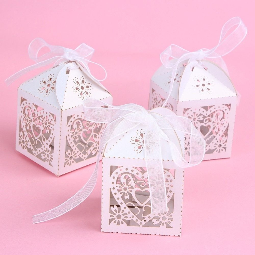New 50PCS Love Heart Laser Cut Candy Gift Boxes With Ribbon Wedding Party Favors Chocolate Favor Bags(China (Mainland))