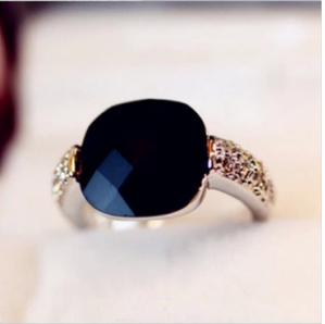 $10 (mix order) Free Shipping Pink Queen Square Imitation Black Onyx Gemstone Finger Ring Crystal Flash Drill Retro Personality(China (Mainland))
