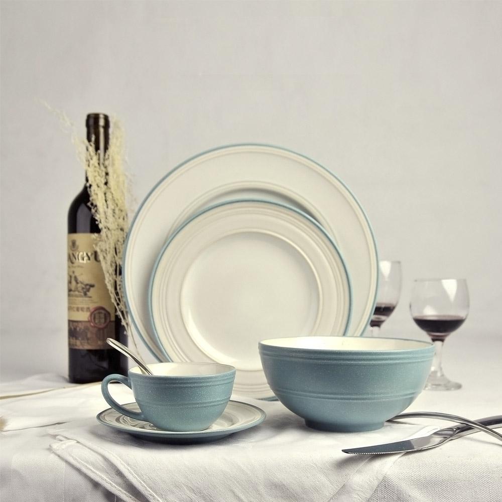 Mode solides bleu en c ramique service de table en for Service de table chinois