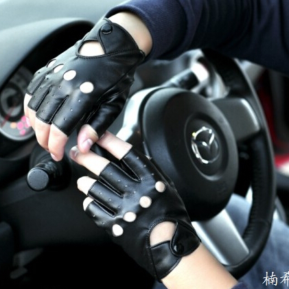 New Fashion 2015 Design Motorcycle Glove Mitts Button Hollow Women Half Finger Leather Car Mitten Free Shipping(China (Mainland))