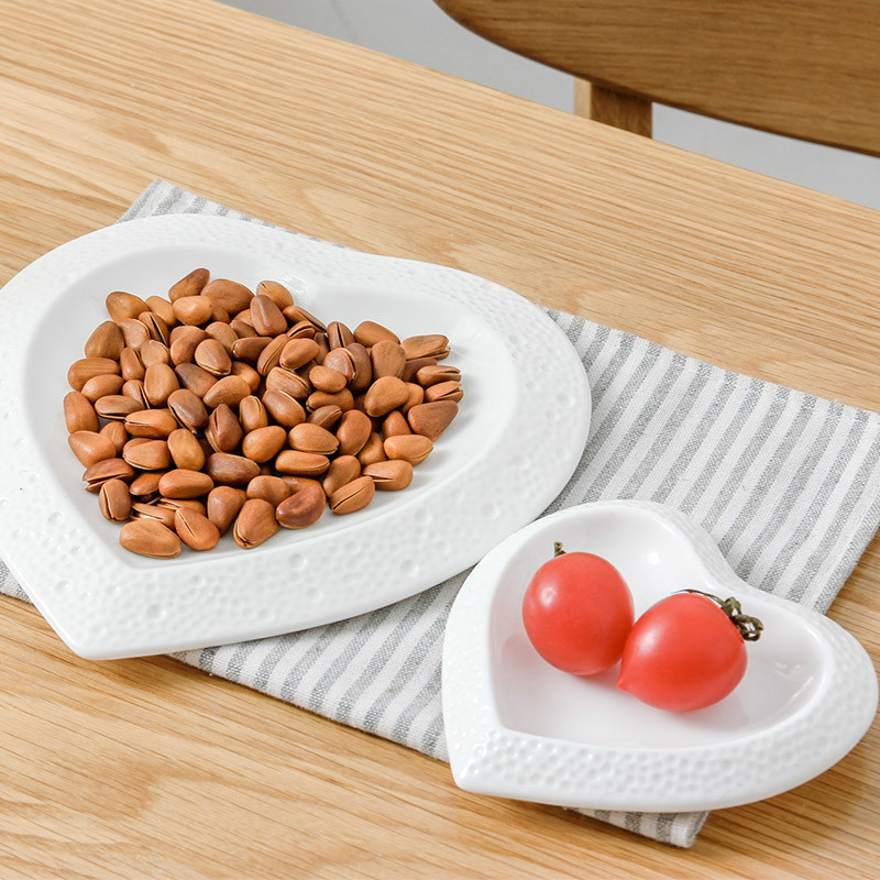 American Style Unique Design Dinner Plates Pure White Butterfly Heart Shape Ceramic Dishes Plates Fruit Salad Bowls(China (Mainland))