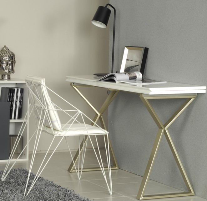 Swiss Round Folding Table Desk Features A Table Of White