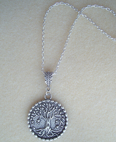 Hot Fashion Vintage Silver Tree of Life Charm Pendant Necklace Pagan Protection Spiritual Necklaces DIY Jewelry Free Shipping(China (Mainland))