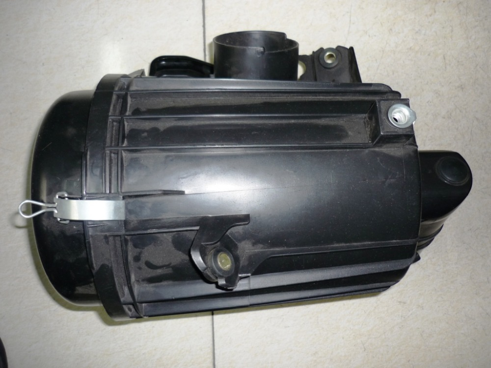 high quality use for toyota hiace 2005-2009 YEAR diesel engine 2KD air filter houseing(China (Mainland))