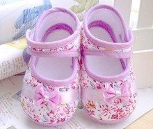 Retail free shipping 2013 Girls flowers bow baby toddler shoes 11cm 12cm 13cm spring autumn children footwear first walkers