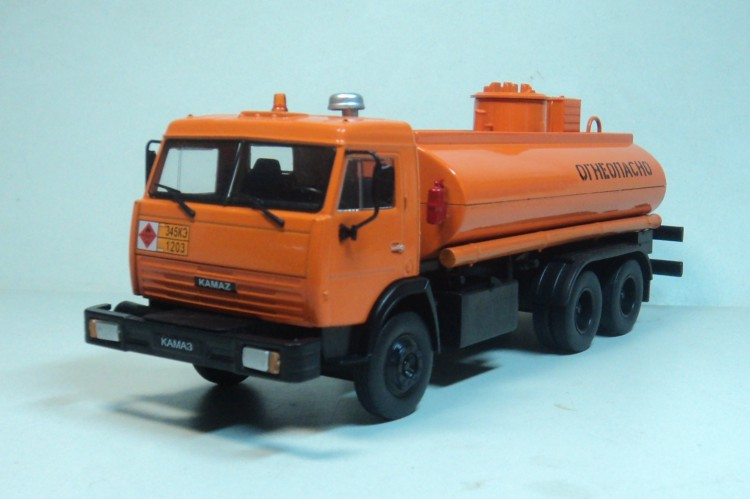 Ixo deagostini 1 43 kamaz 500 soviet truck diecast car model jpg