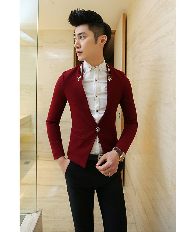 Red and black pinstripe suits is an online attire store offering best of Red suits, black and white pinstripe suit, Red blazers, Red tuxedos, Mandarin collar red suits etc at very reasonable price. Ben Sherman Solid Black Two Button Notch Lapel Jacket.