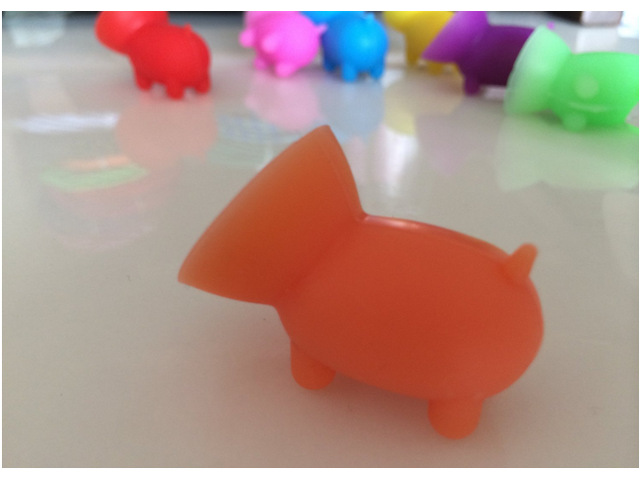 10 pcs CUTE Mini Pig Rubber Holder for iPhone for Samsung MOBILE PHONES sucker mini pig(China (Mainland))