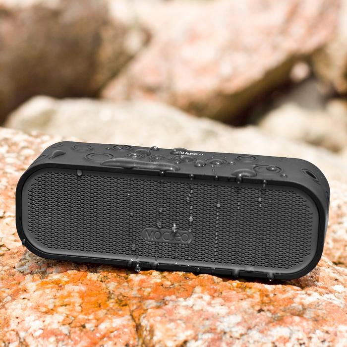 Water-resistant NFC Bluetooth Speaker Rugged Splash Hands-free Speakerphone Dual Stereo Speakers Outdoors Waterproof IPX5 4W(China (Mainland))