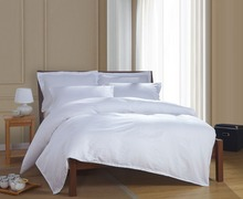100% Egyptian cotton luxury elegant satin strip white hotel bedding sets bed linen duvet cover set bed set(China (Mainland))