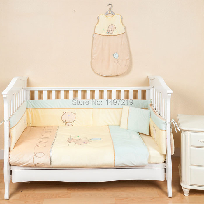 Bear design nursery bed set for baby boy and baby girl soft velvet and cotton material PH072 free shipping(China (Mainland))