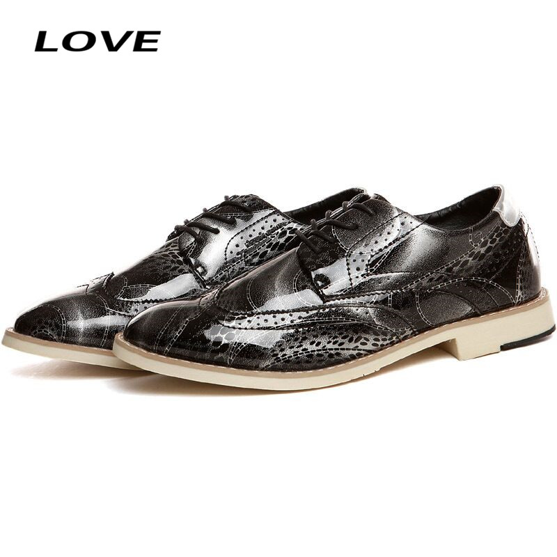 SIZE 39-43 Fashion PU Leather Flats Men Shoes Floral Breathable Pigskin Inside High Top Wedding Shoes Round Toe Party Shoes WS15<br><br>Aliexpress