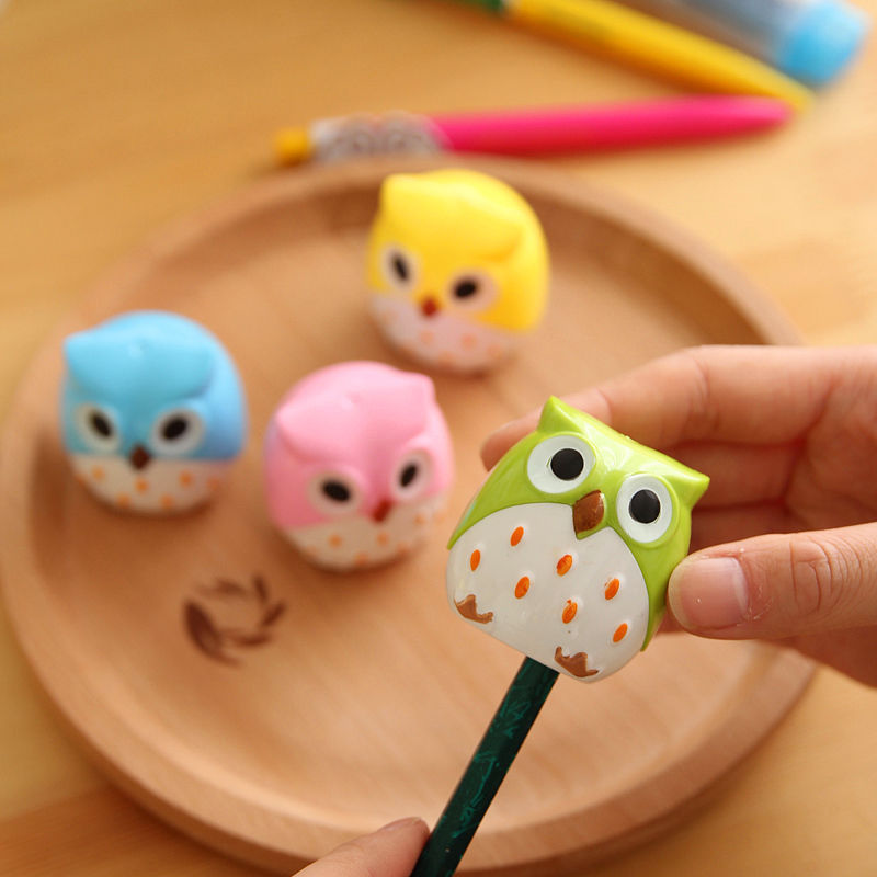 1 PCS Random Color!! Mini Funny Cute Lovely Owl Pattern Pencil Sharpener School Kid's Favorite(China (Mainland))