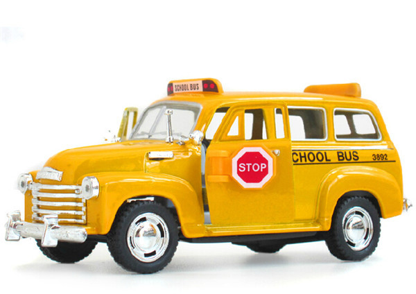 1:36 Alloy Diecast Models Car Toys, Classic Suburban School Bus, Brinquedos Miniature Pull Back Cars,Doors Openable(China (Mainland))