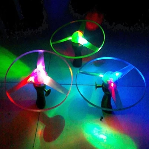 P80 1pc Outdoor Toy Frisbees Boomerangs Flying Saucer Helicopter Spin Disk LED Light color random(China (Mainland))