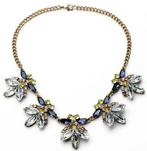 Multicolor Crystal Flower Statement Necklace Women Rhinestone Necklaces & Pendants Jewelry Colar For Gift Party(China (Mainland))