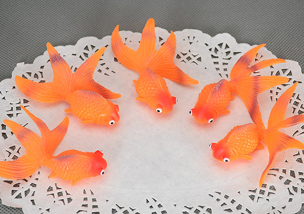 Compare prices on plastic goldfish online shopping buy for Little fish toys