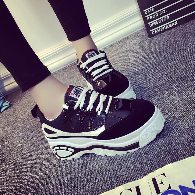 2016 корейских женщин типа свободного покроя обувь женщина высота увеличение обуви ...