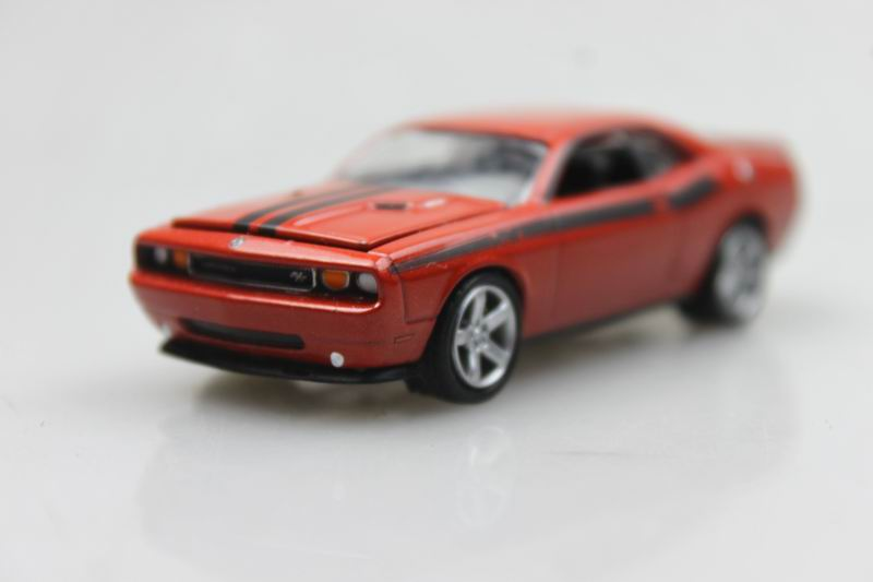 Muscle Car GreenLight 1/64 2009 Dodge Challenger R/T Alloy car model(China (Mainland))