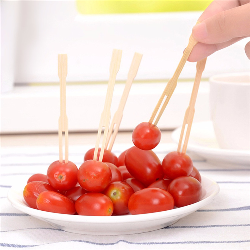 100Pcs Wedding Banquet Party Bamboo Fruit Cocktail Forks Finger Food BBQ Buffet Sticks Feast New Arrival(China (Mainland))