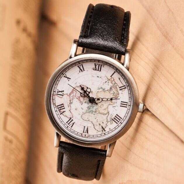 Старинные часы мужчин личности свободного покроя кожа наручные часы фортепианной музыки карта мира рим цифровой сплав циферблат кварцевые часы женщины relogio