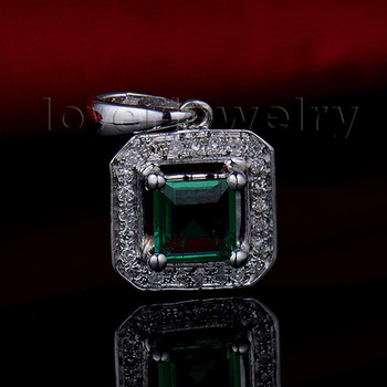 2015 Vintage Princess Cut 5mm Solid 14Kt White Gold Diamond Emerald Wedding Pendant