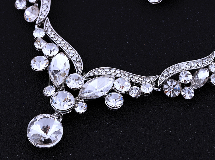 New Arrival Silver Leaf Crystal Necklace Earrings for Women Wedding Jewelry Sets Whit K Plated Bridal