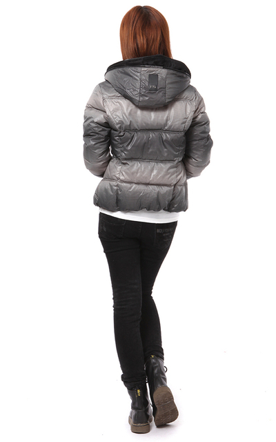 Taobao explosion models - star of the same paragraph gradient nude lady down jacket thick warm casual wear 5146