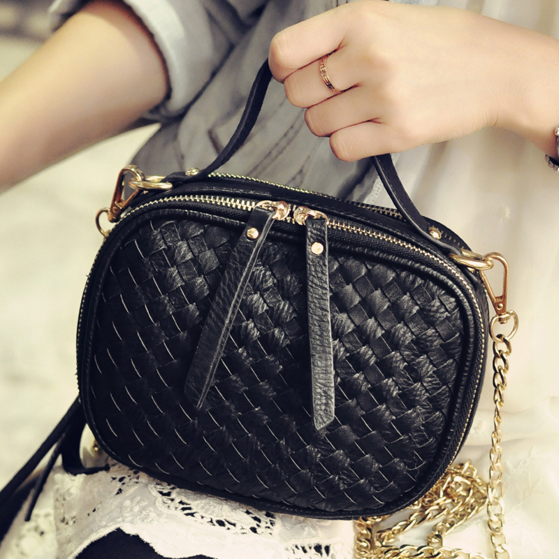 2015 new autumn and winter knit chain of small square package mini packet female fashion casual shoulder bag Messenger bag tide<br><br>Aliexpress