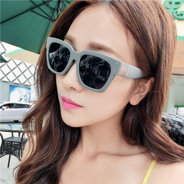 The new influx of people in Europe and America 2014 Wide Temple Street beat big box sunglasses men women sunglasses sunglasses m(China (Mainland))