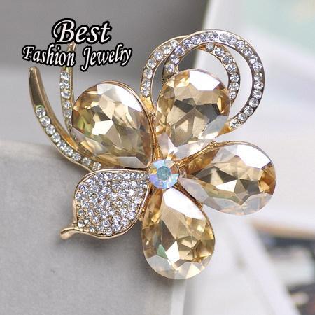 Korean Dual-use New Fashion Created Rhinestone Flower Brooch Stewardess Scarf Women Jewelry(China (Mainland))