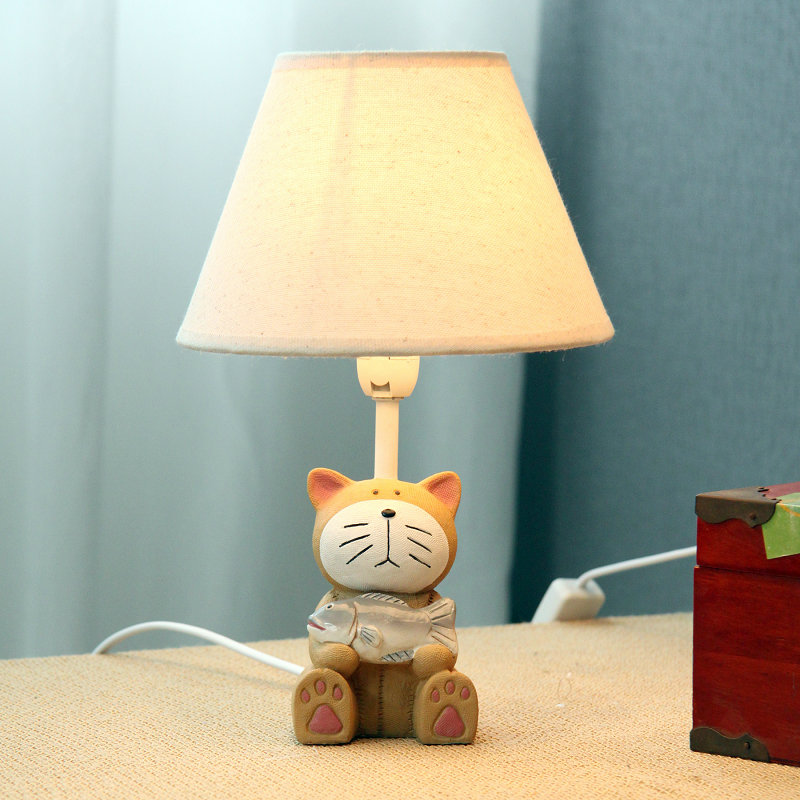 Cat fish small table lamp fashion child lamp bedroom bedside desk light lamp dimming(China (Mainland))