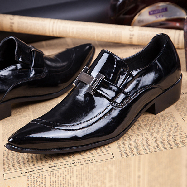 Фотография New Mens Oxford Shoes Flats 2016 patent leather Fashion pointed toe Dress Office shoes Luxury SLIP-ON Black Size 37-46