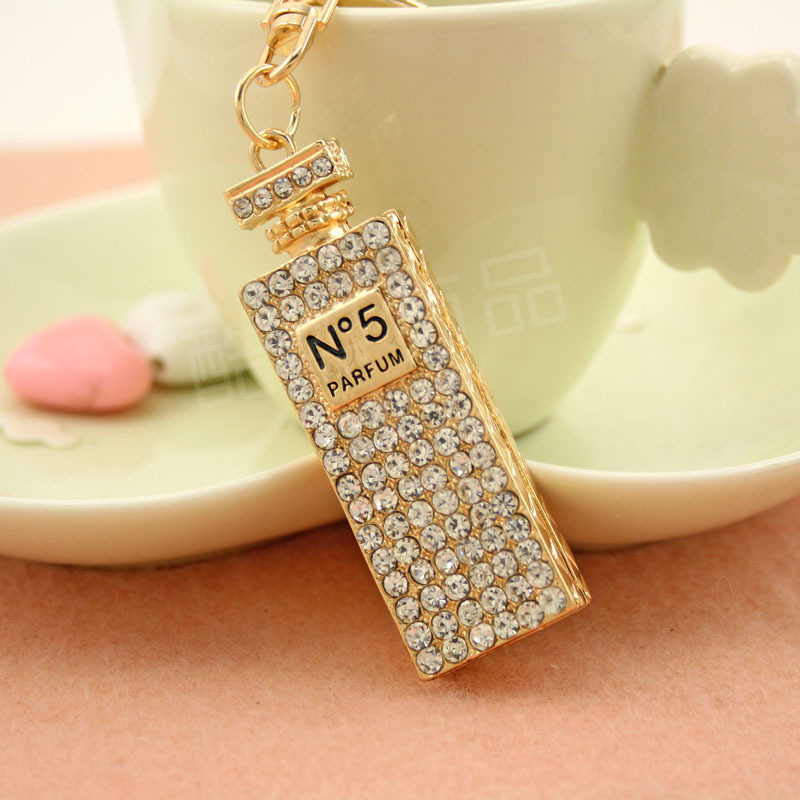 Fashion Beautiful Rhinestone Perfume Bottle Key Chain Novelty Gift Free Shipping Exquisite Keychain(China (Mainland))