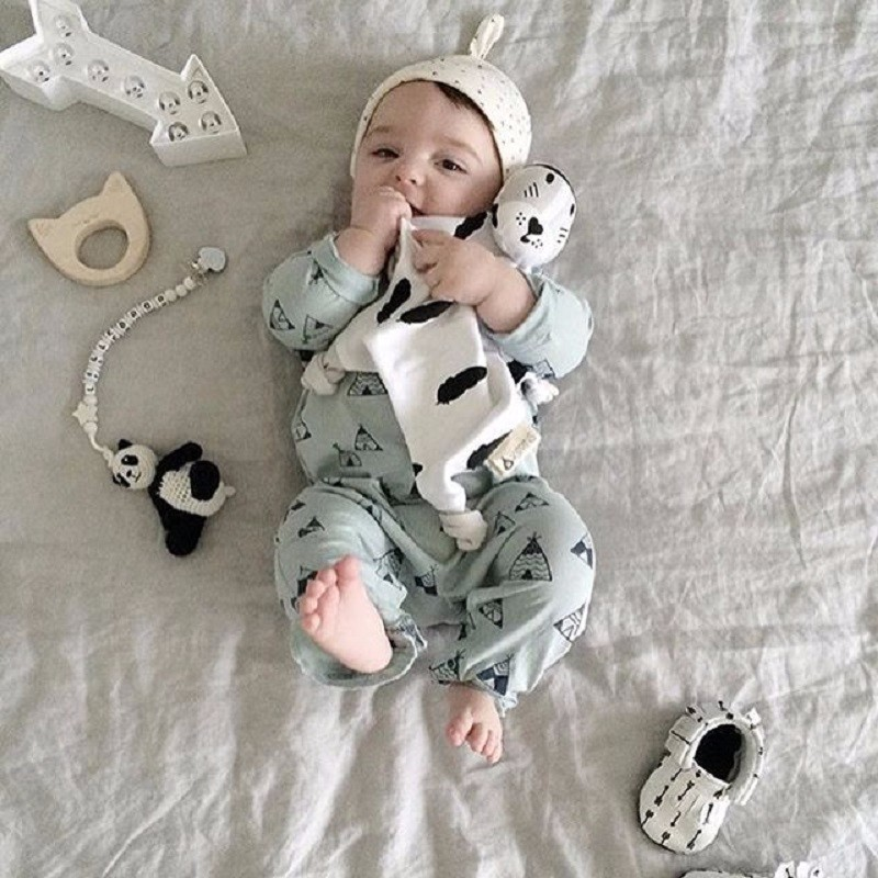 0-12 Month Cute  Shape Mouse Baby Cloth Toys Bed Sleep Animal Baby Toy Kids  Creative Plush Soft Crib Cartoon Rattle  Gift